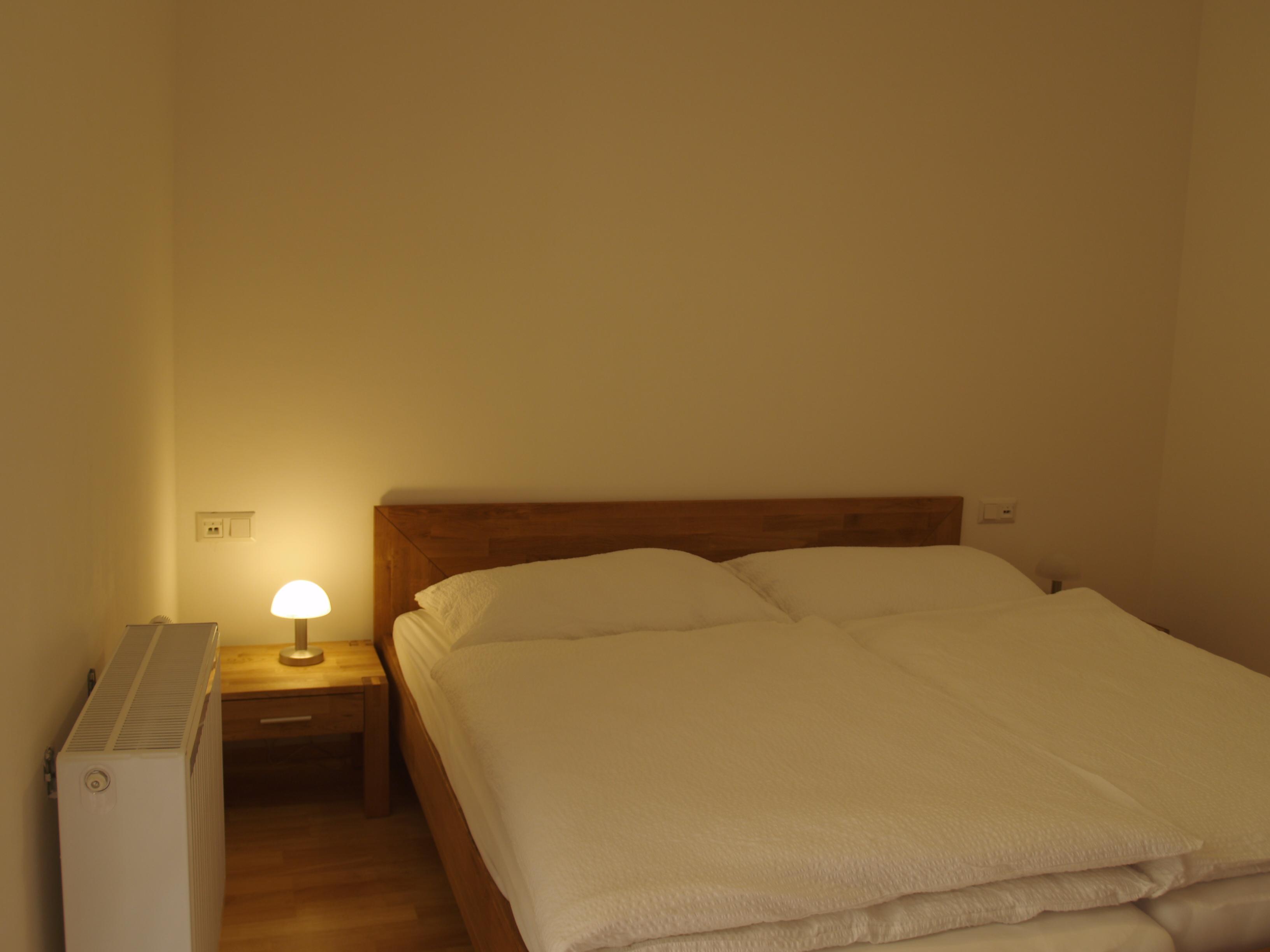 1b Schlafzimmer mit Doppelbett Wohnung mieten Baden bei Wien ...